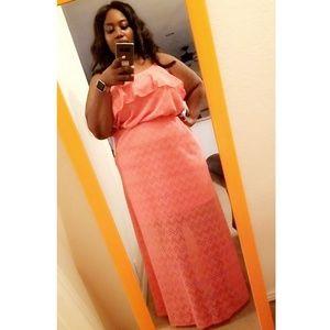 🆕️ ***NWT - Plus Size Super Cute Maxi Dress***